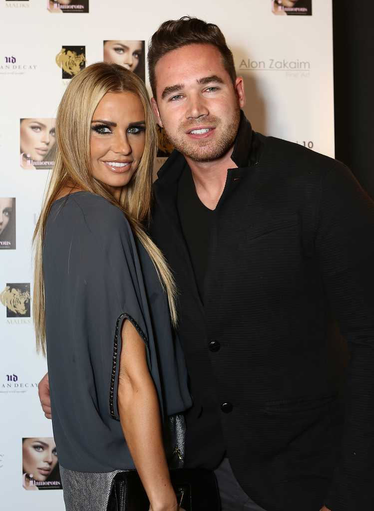 Katie Price Fails To Sell Out Tour Tickets Celebrity Heat
