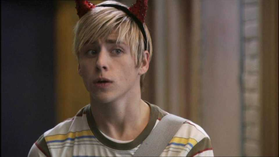 Remember Maxxie From Skins He Looks So Different Now O