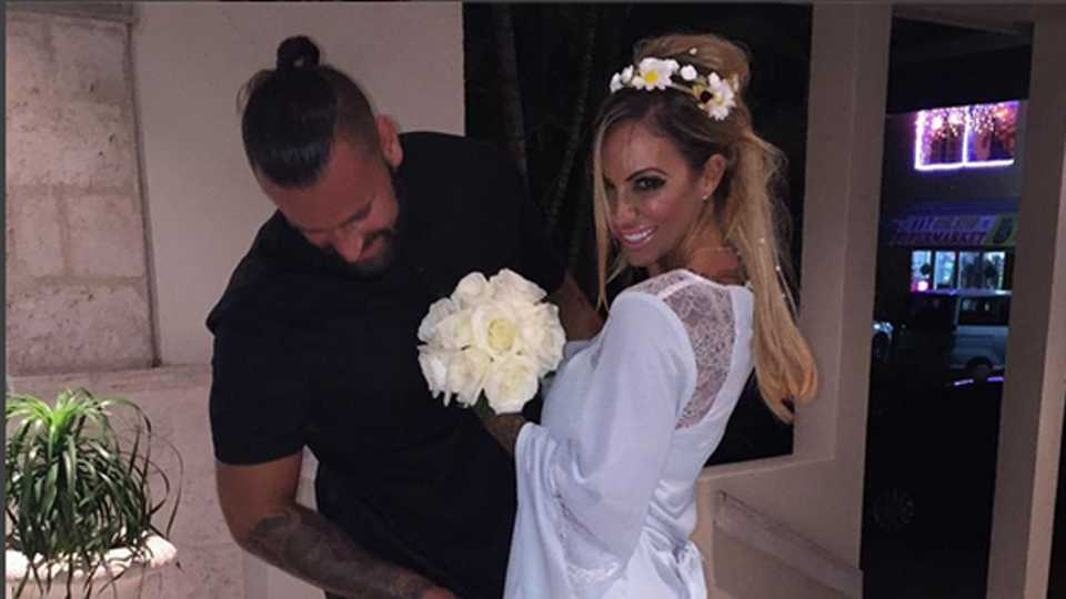 She And New Husband James Placido Have Opened Up Their Wedding Album Look How Happy They Are Jodie Marsh
