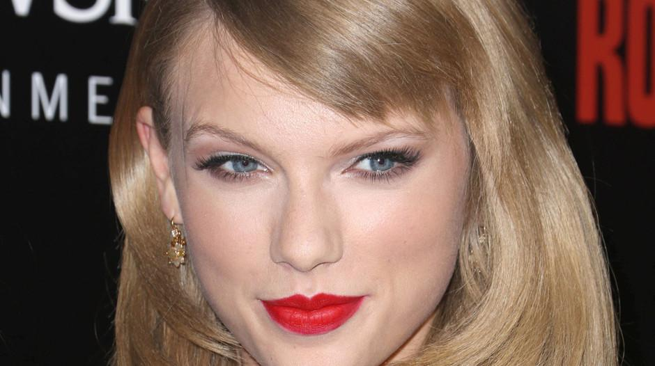 Naked pics of taylor swift picture 60