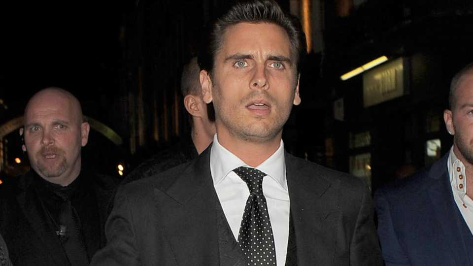 Has Scott Disick Checked Into Rehab For Booze Problems My Issues Are Bigger Than Me Celebrity Heat