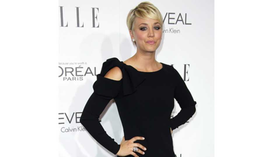Big Bang Theorys Kaley Cuoco Sweeting Apologises For Anti