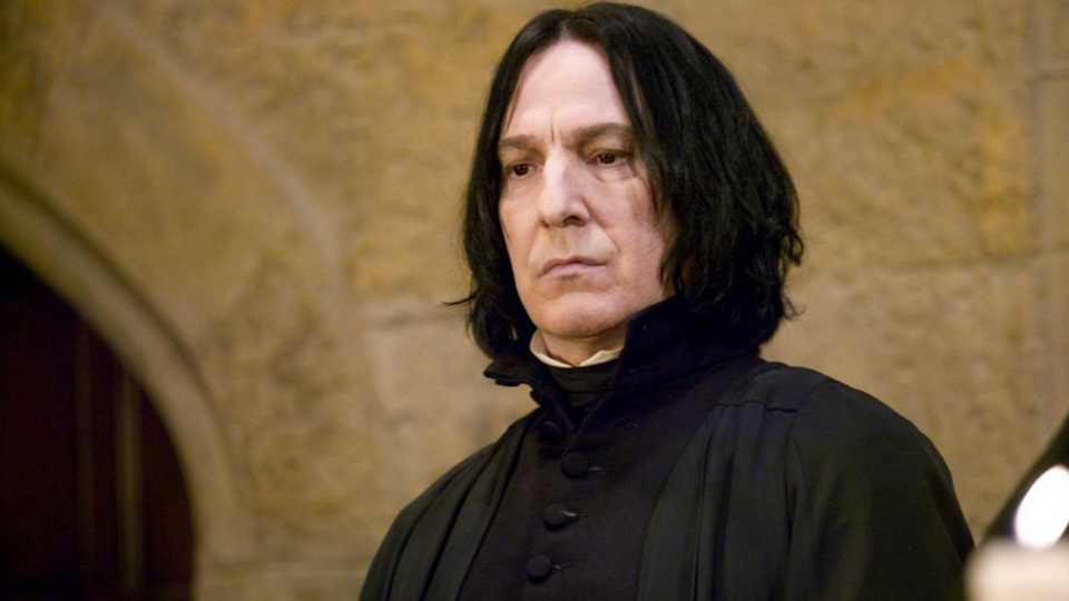 "severus snape as a tragic hero in the harry potter series by jk rowling She offered one for killing off professor severus snape way to bring up the most polarizing character in the ""harry potter"" series (@jk_rowling."