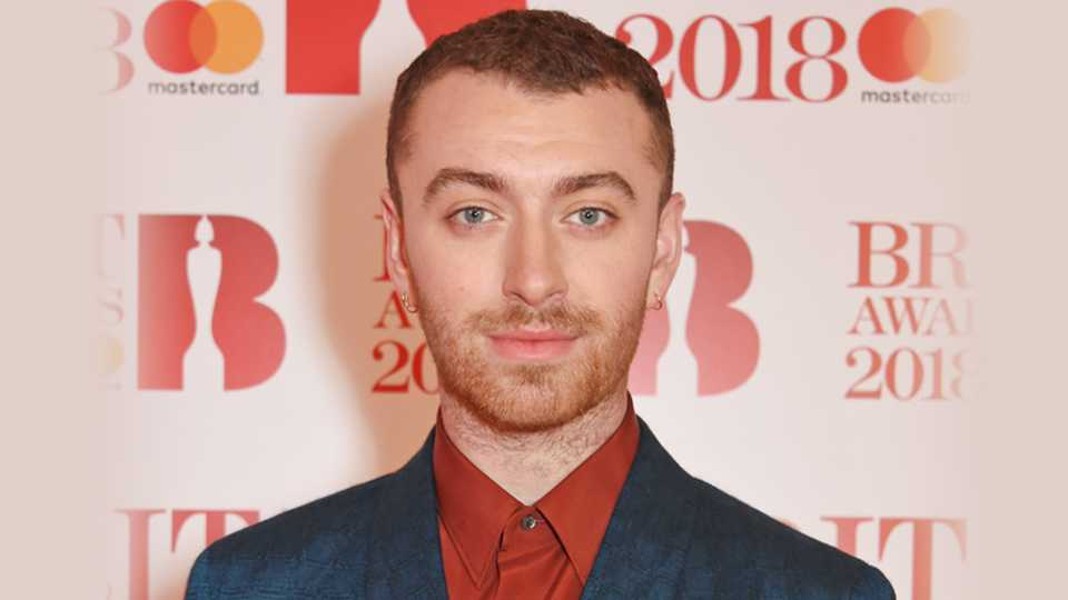 Sam Smith has eye surgery and posts before and after pics